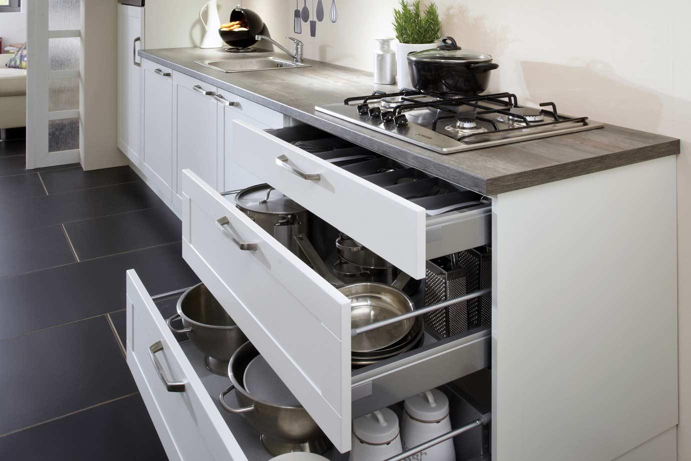 Goekope Keukens: Eiland keuken ontwerpen landelijke goedkope keukens.