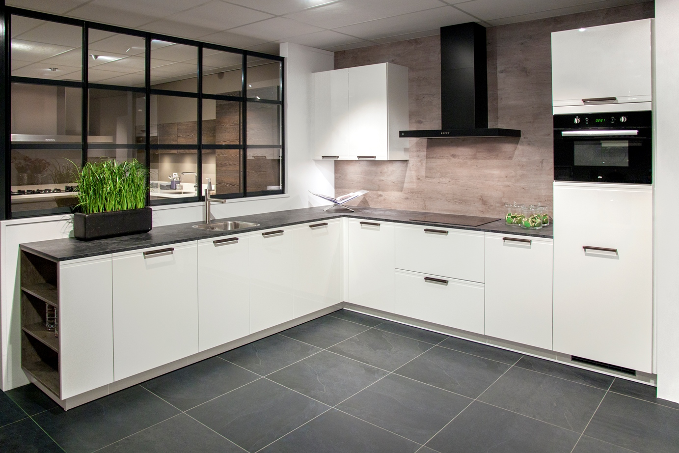 Goedkope Keukens Duitsland : Goedkope keukenapparatuur goedkope db keukens